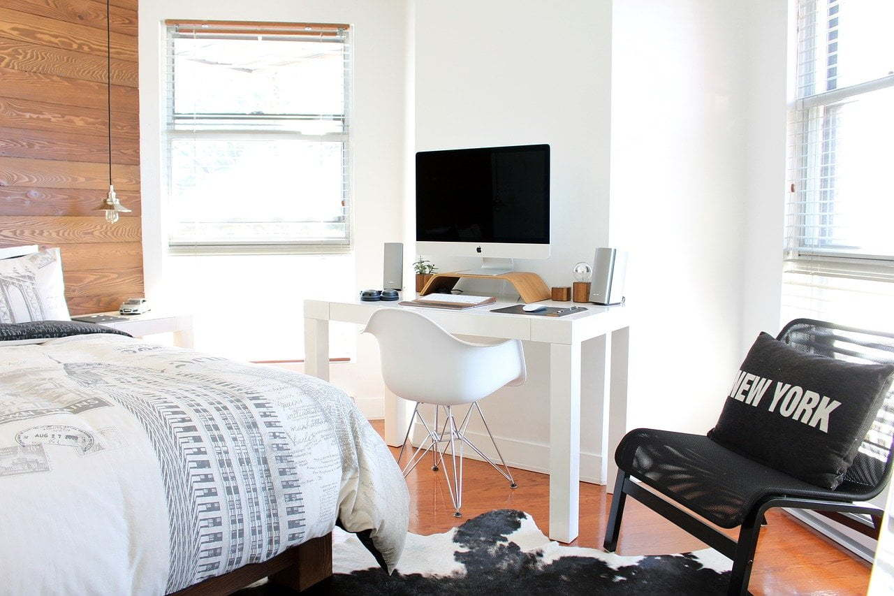 Three Tips That Will Inspire You to Reduce Bedroom Clutter